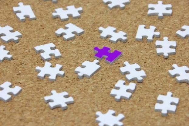正方形名刺は個性を際立たせるビジネスの飛び道具