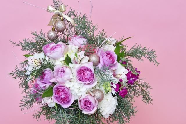 エレガントな女性用名刺は【花柄】で!花言葉で選ぶビジネスにふさわしい花7選!